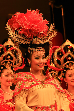 """song dynasty: Datang Xi'an, Shaanxi Province dance is an external card. The foreign guests as if they brought back fantastic Tang era. Tang Palace dance music by musical ensemble """"Long live music"""" dance """"Bai Zhu Dancing"""", """"big Nuo"""", &q Editorial"""
