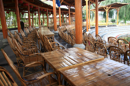 the local characteristics: Waterwheel Park is a hundred miles Lanzhou Huanghe style online local characteristics most attractions, but also along the Yellow River in Lanzhou City, the oldest ancient irrigation tools. The picture shows the side of the stage in the auditorium.