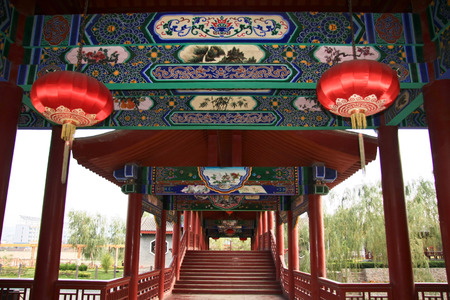 the local characteristics: Waterwheel Park is a hundred miles Lanzhou Huanghe style online local characteristics most attractions, but also along the Yellow River in Lanzhou City, the oldest ancient irrigation tools. The picture shows the back of the building . Editorial