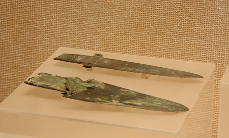 Bronze Ge (Spring and Autumn), collections in Huzhou, Zhejiang Museum.