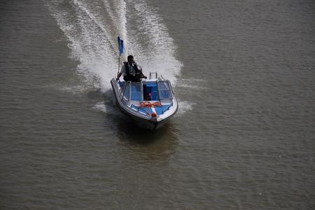 motorboat: Motorboat Editorial