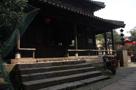 architectural building: traditional chinese architectural building