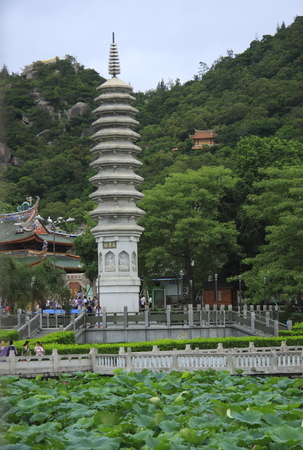 temple tower: Nanputuo Temple Tower
