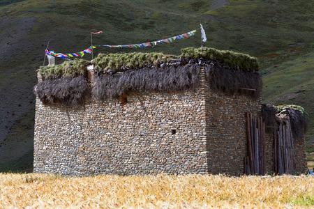 tibetan house: Traditional Tibetan house in Dho Tarap village, Dolpo, Nepal