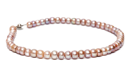 freshwater pearl: Freshwater pearl necklace isolated on the white background