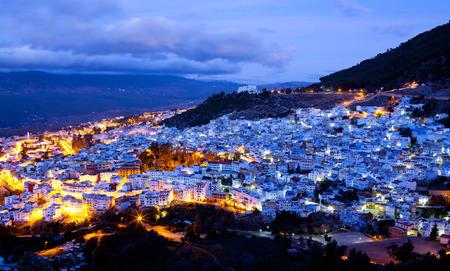 北アフリカのモロッコのシャウエン ブルーのメディナのパノラマ
