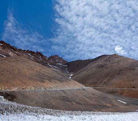 Himalaya mountain landscape at the Manali - Leh highway in Ladakh, Jammu and Kashmir State, North India Stock Photo