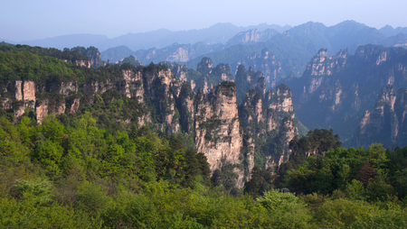 Floating Mountains in Zhangjiajie National Forest Park in the Wulingyuan Scenic Area, Hunan Province, China Stock fotó