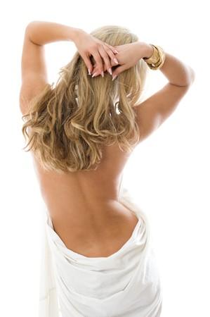 asno: Sexy joven desnudo de pie con la espalda y un hermoso cabello. Aislado sobre fondo blanco